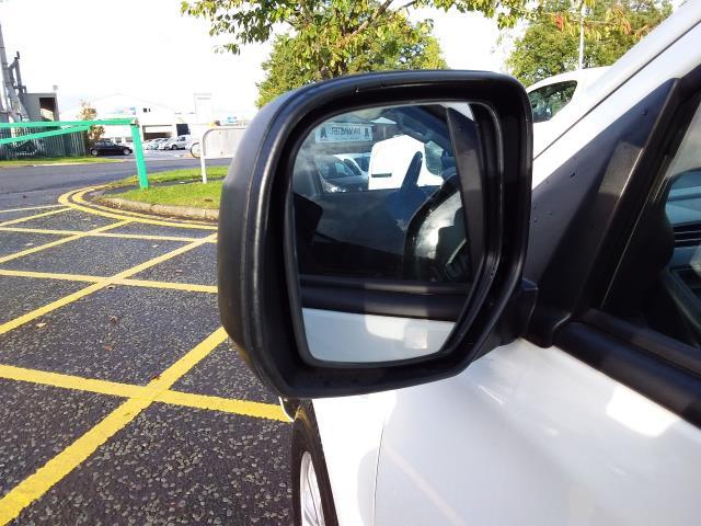 2016 Mitsubishi L200 Double Cab Di-D 151 4Life 4Wd (DL66GVM) Image 15