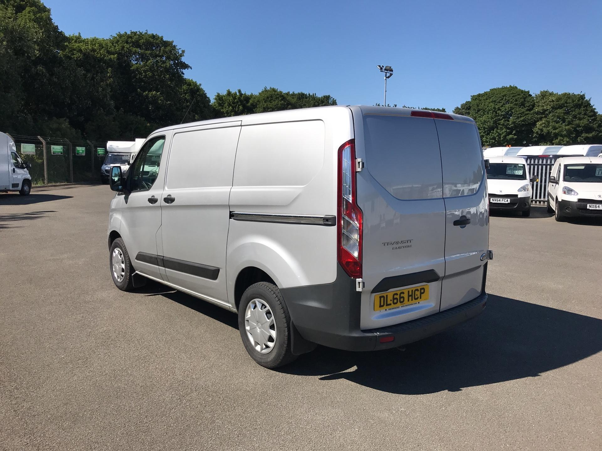 2016 Ford Transit Custom 270 L1 DIESEL FWD 2.2 TDCI 130PS LOW ROOF TREND VAN EURO 5 (DL66HCP) Thumbnail 5