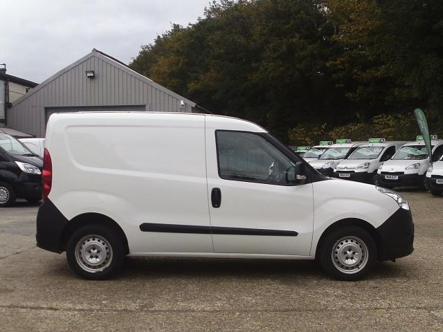 2015 Vauxhall Combo  L1 H1 2000 1.3 16V  EURO 5 (DN15AUX) Image 2