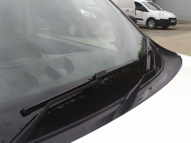 2015 Vauxhall Combo  L1 H1 2000 1.3 16V  EURO 5 (DN15AUX) Image 12