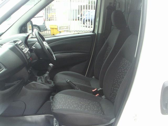 2015 Vauxhall Combo  L1 H1 2000 1.3 16V  EURO 5 (DN15AUX) Image 21