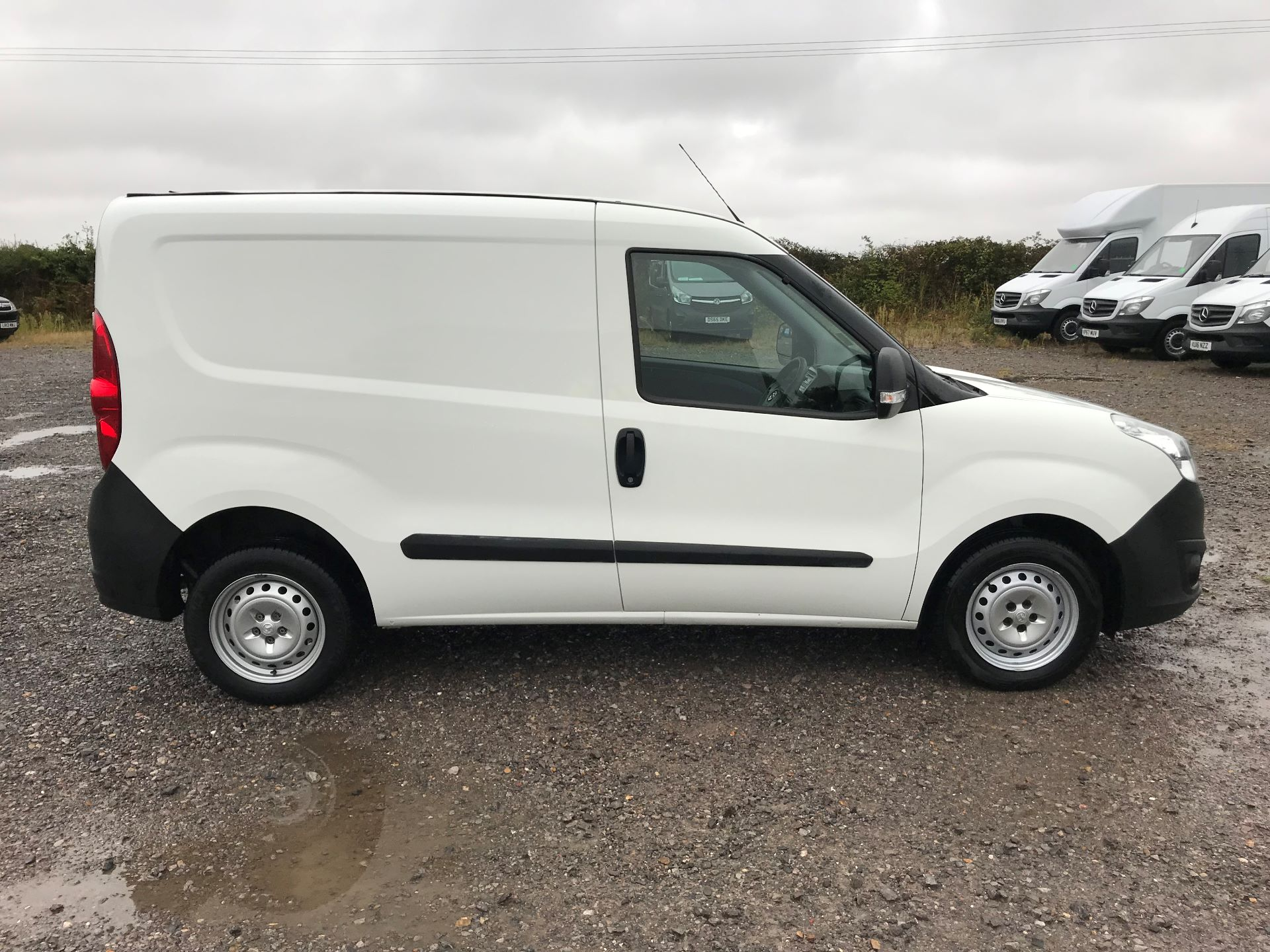 2015 Vauxhall Combo  L1 H1 2000 1.3 16V  EURO 5 (DN15BCK) Image 8