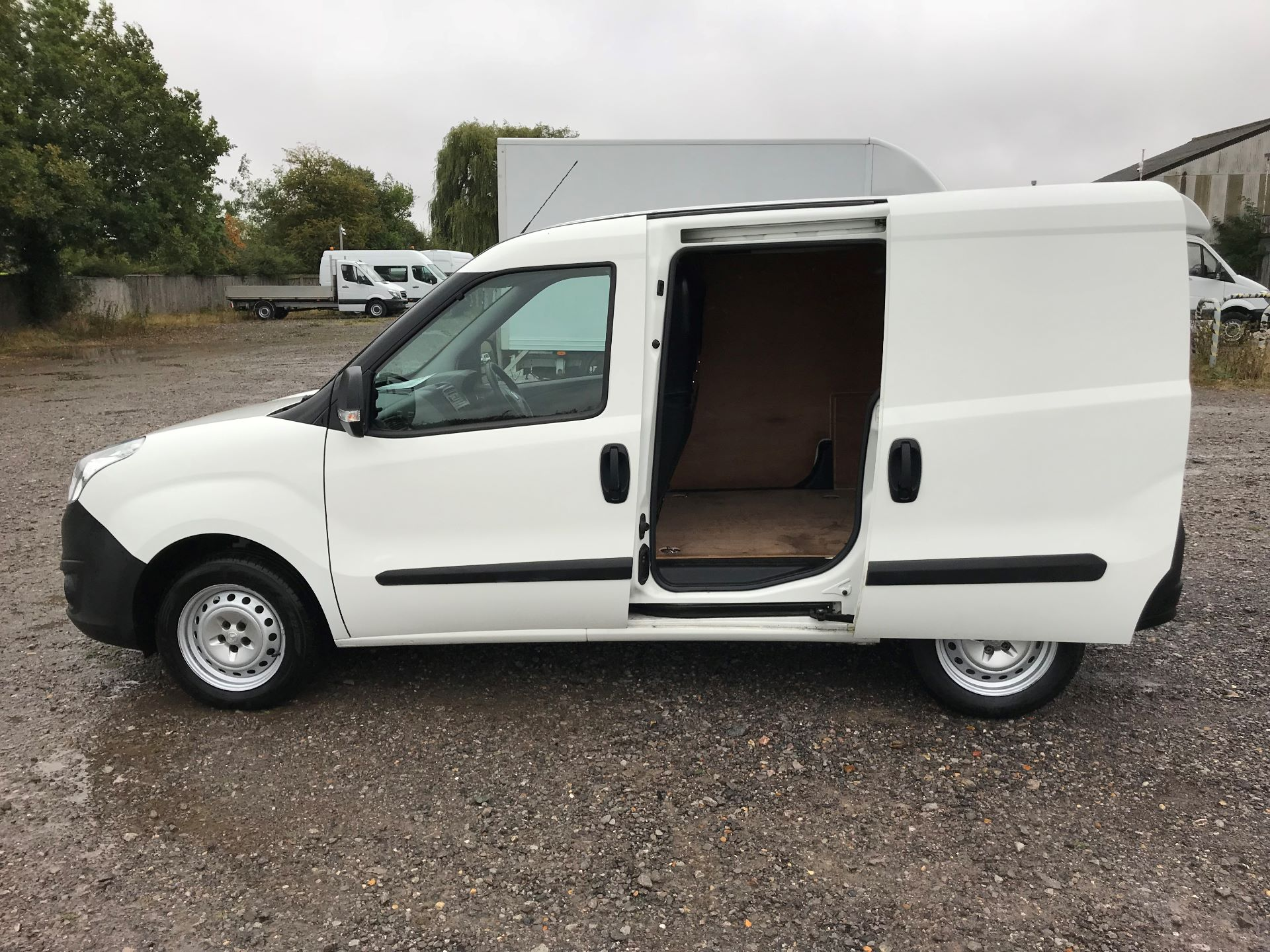 2015 Vauxhall Combo  L1 H1 2000 1.3 16V  EURO 5 (DN15BCK) Image 10