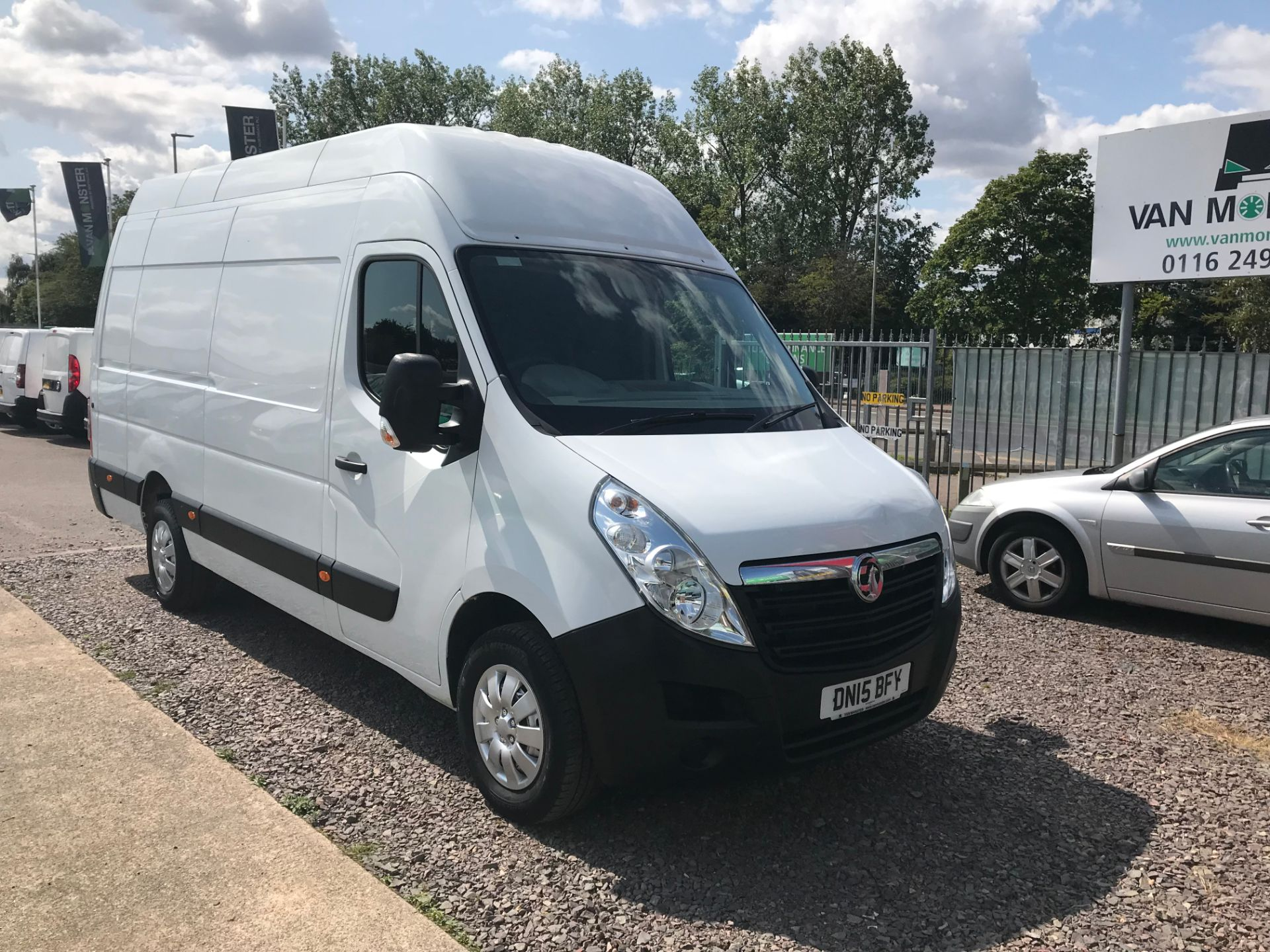 2015 Vauxhall Movano 35 L3 H3 125PS EURO 5 (DN15BFY)