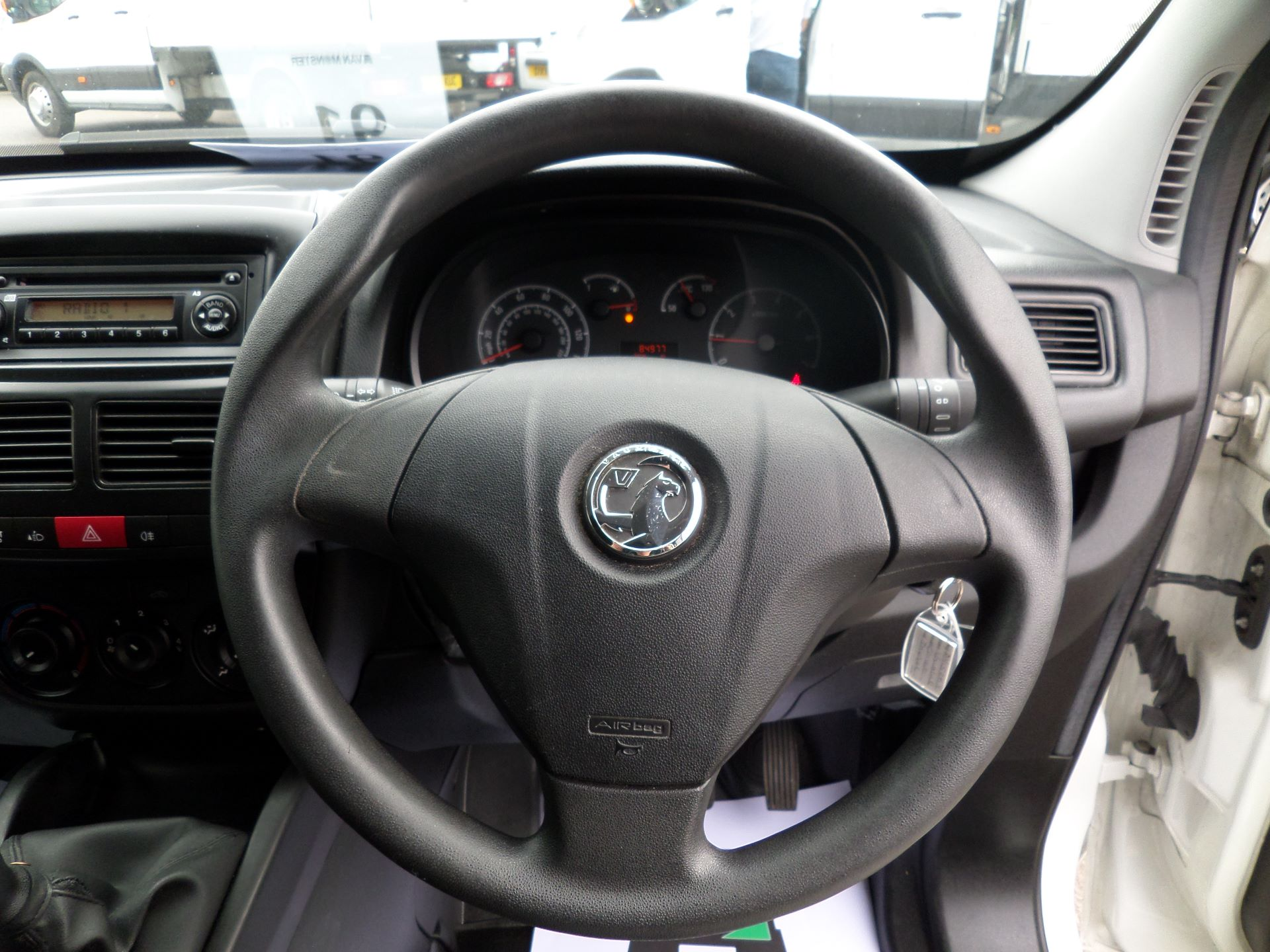2015 Vauxhall Combo 2000 1.3 Cdti 16V H1 Van Euro 5 (DN15ZKY) Image 5
