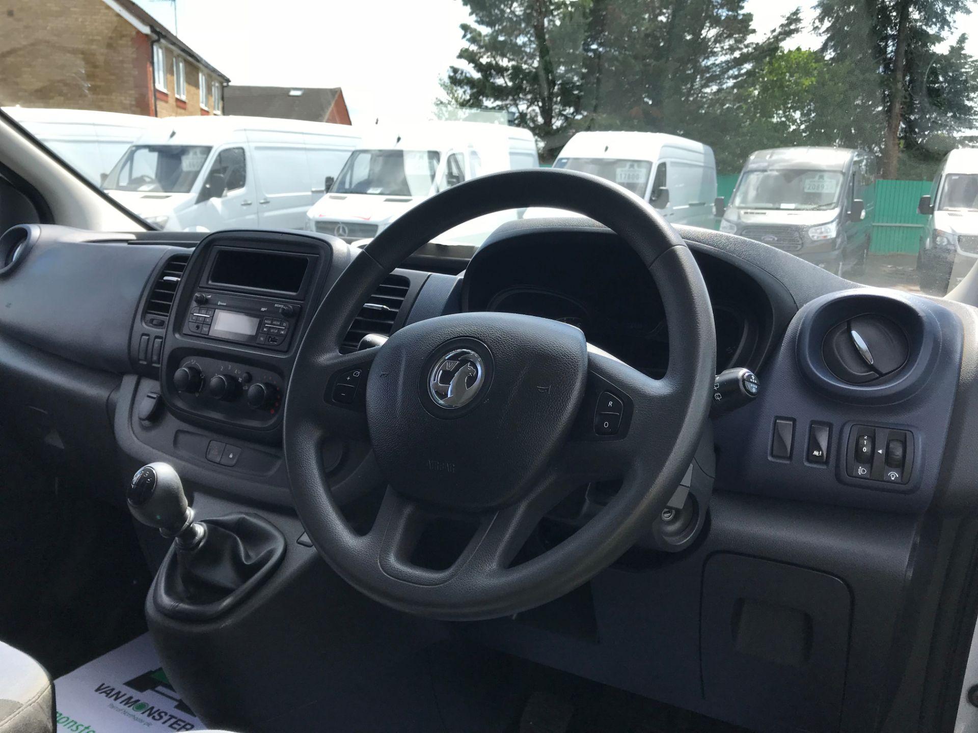 2015 Vauxhall Vivaro   L2 H1 2900 1.6 115PS COMBI 9 SEAT EURO 5 (DN15ZTM) Image 24