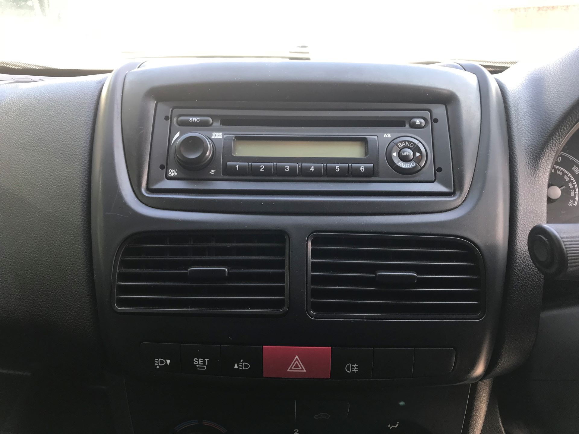 2014 Vauxhall Combo   L1 H1 2000 1.3 16V  EURO 5 (DN64KLK) Image 3