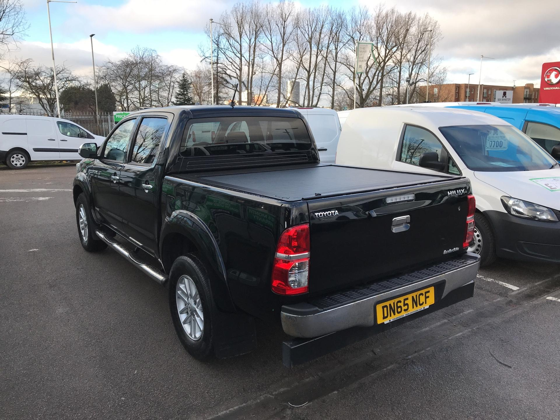 2016 Toyota Hilux DOUBLE CAB PICK UP 3.0 4WD 171 INVINCIBLE EURO 5  (DN65NCF) Image 5