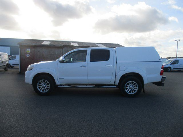 2016 Toyota Hilux DOUBLE CAB PICK UP 3.0 4WD 171 INVINCIBLE EURO 5. AIR CON, SAT NAV (DN65NCV) Thumbnail 8