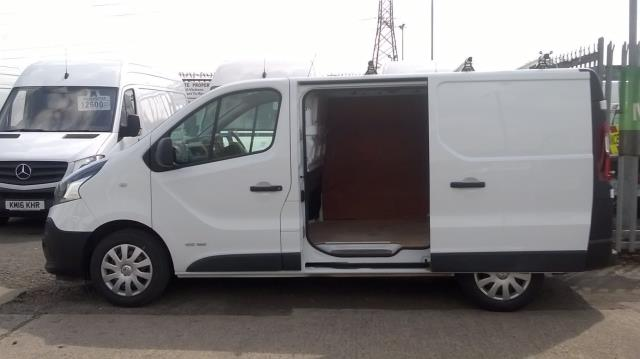 2016 Renault Trafic Sl27 Energy Dci 125 Business Van (DN66JXV) Image 5