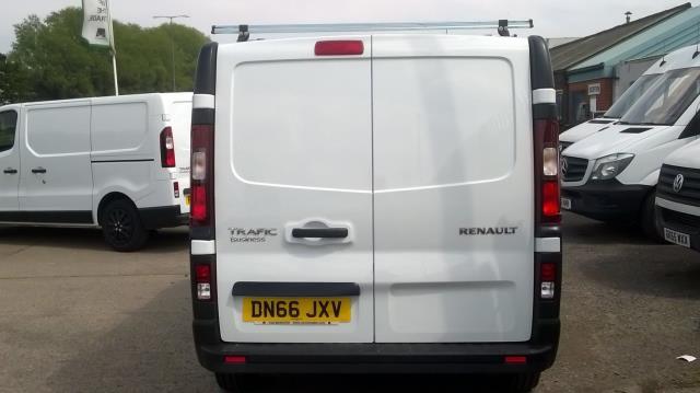 2016 Renault Trafic Sl27 Energy Dci 125 Business Van (DN66JXV) Image 8