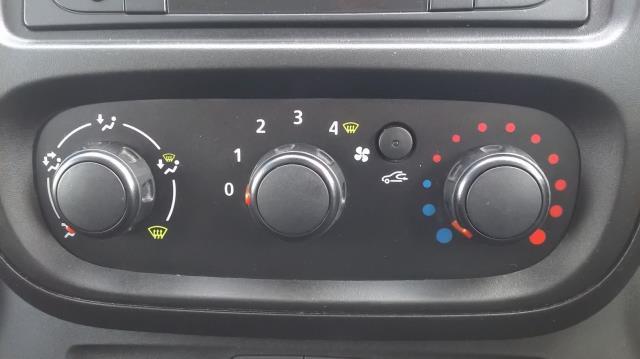 2016 Renault Trafic Sl27 Energy Dci 125 Business Van (DN66JXV) Image 23