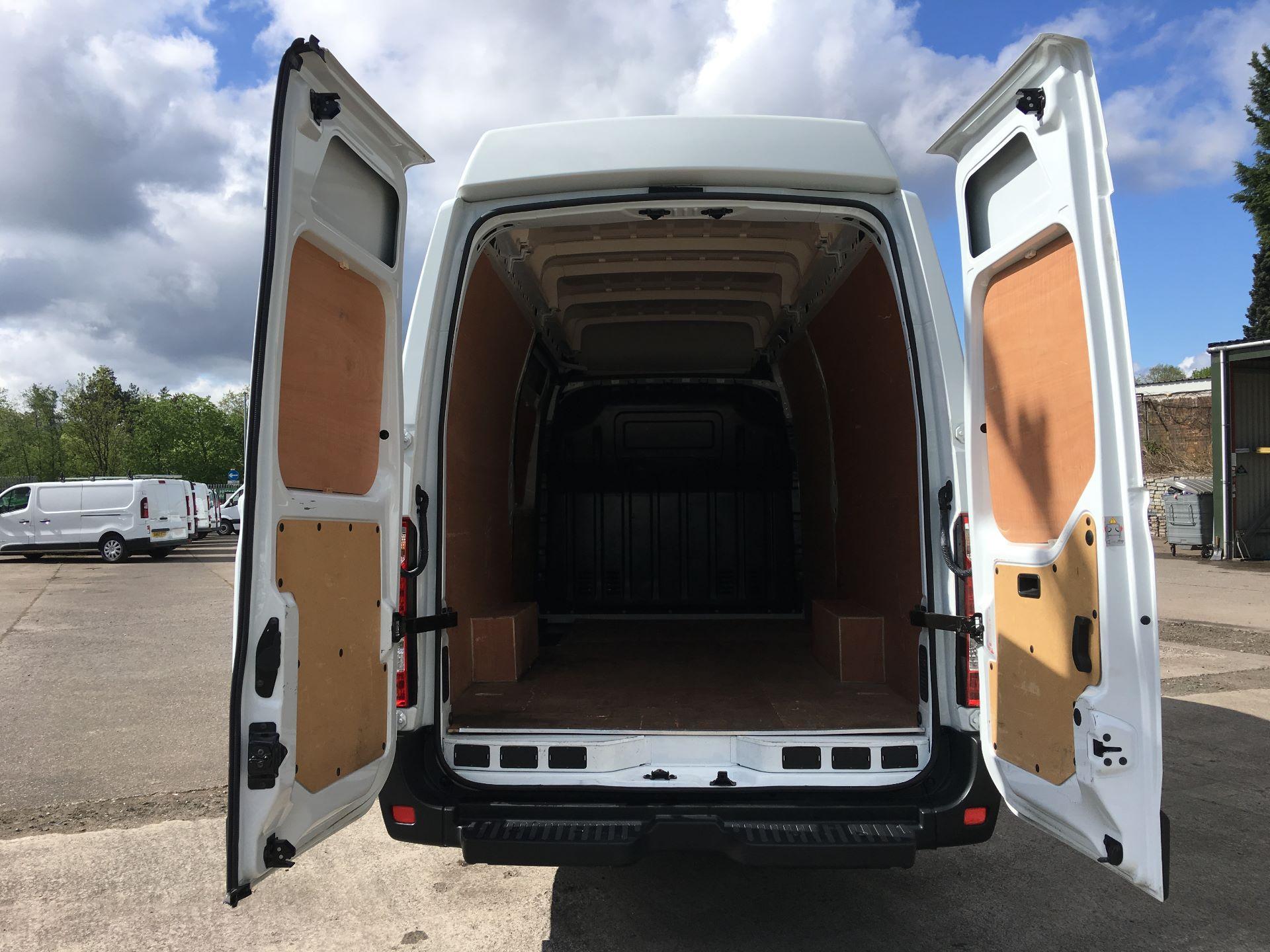 2017 Vauxhall Movano 35 L3 H3 125PS EURO 5 (DN67AKO) Image 17