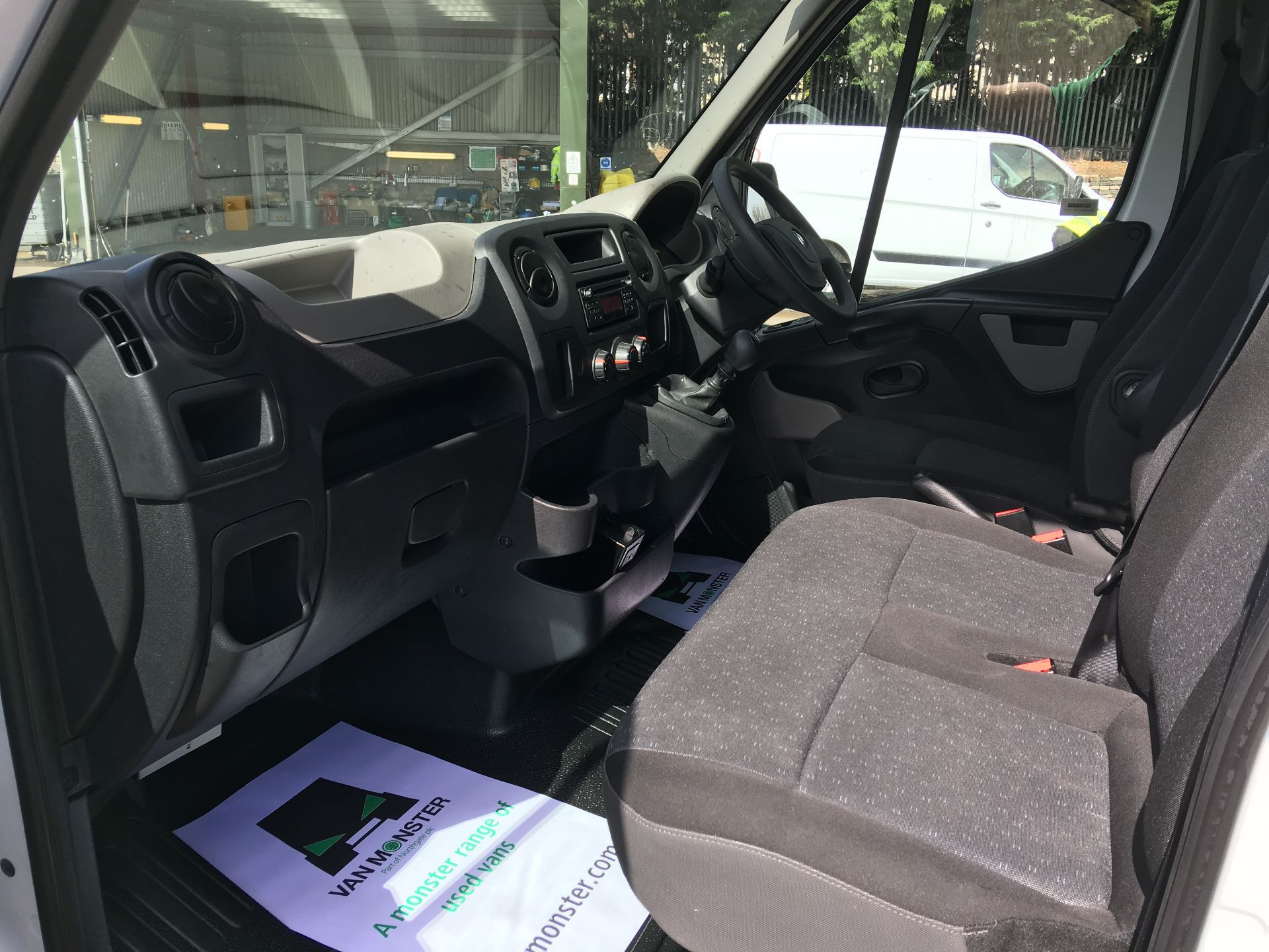 2017 Vauxhall Movano 35 L3 H3 125PS EURO 5 (DN67AKO) Image 13