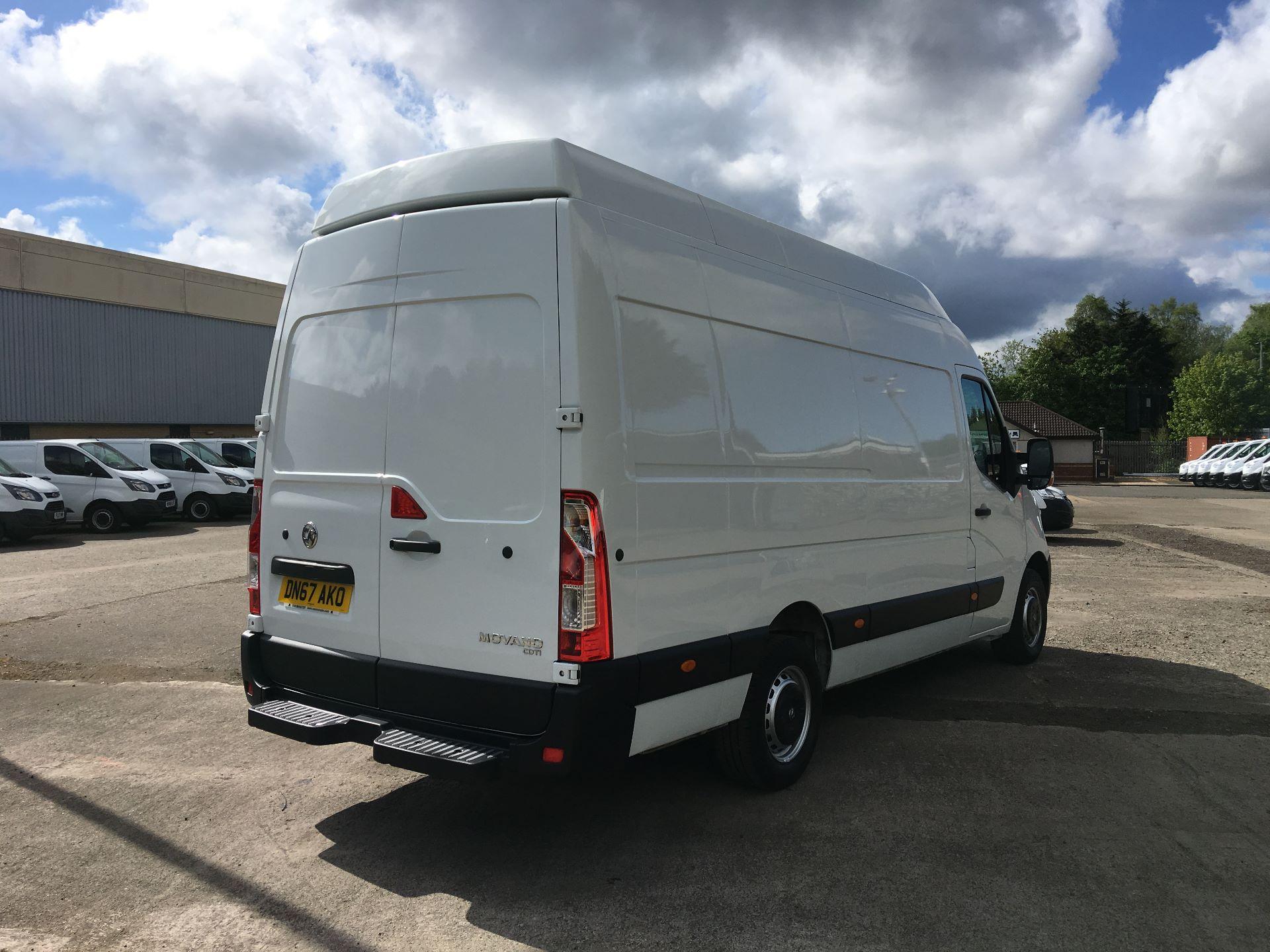 2017 Vauxhall Movano 35 L3 H3 125PS EURO 5 (DN67AKO) Image 9