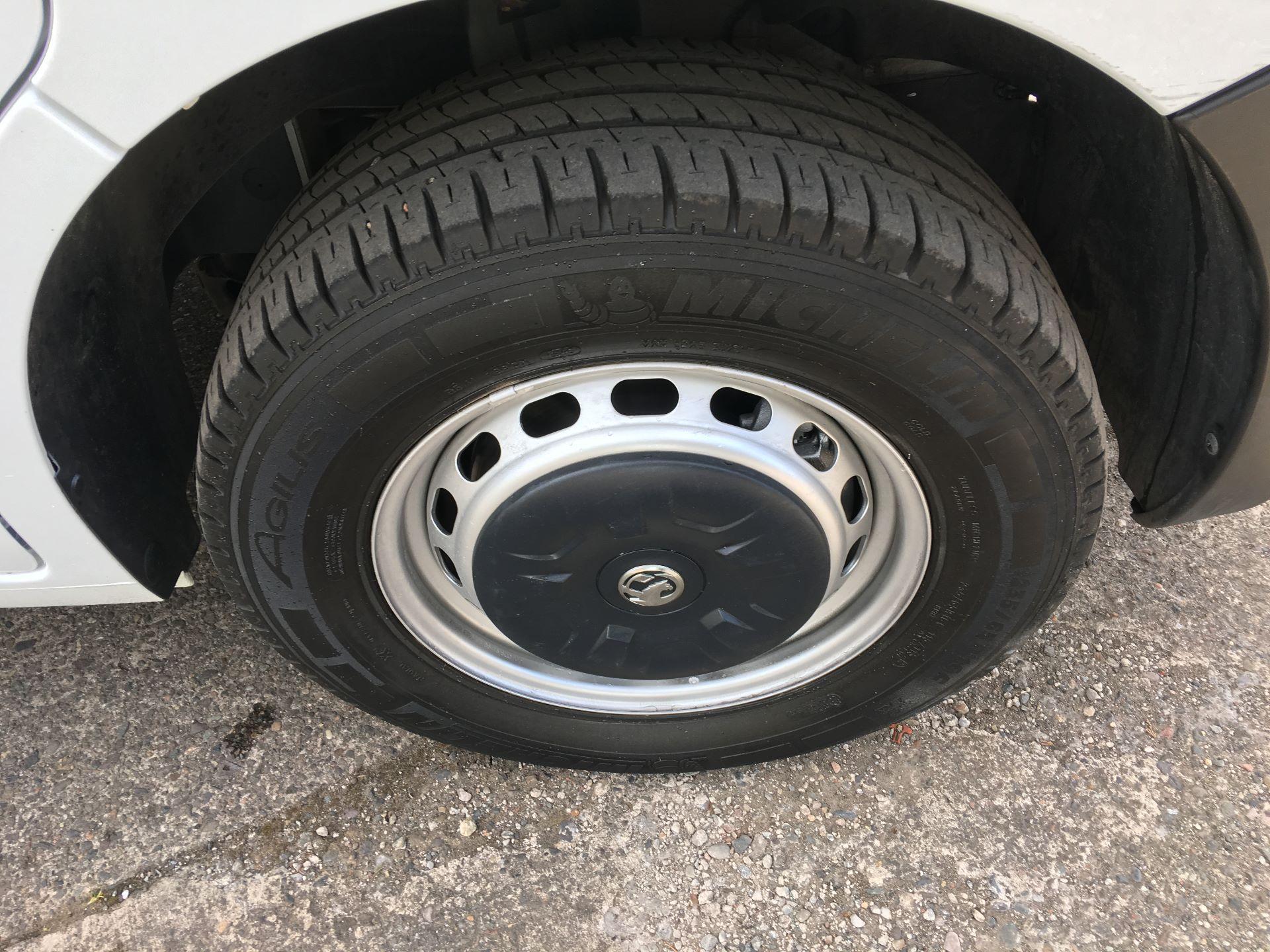 2017 Vauxhall Movano 35 L3 H3 125PS EURO 5 (DN67AKO) Image 16