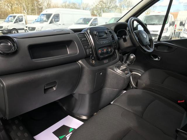 2017 Vauxhall Vivaro L2 H1 2900 1.6CDTI 120PS SPORTIVE EURO 6 (DN67TCK) Image 16