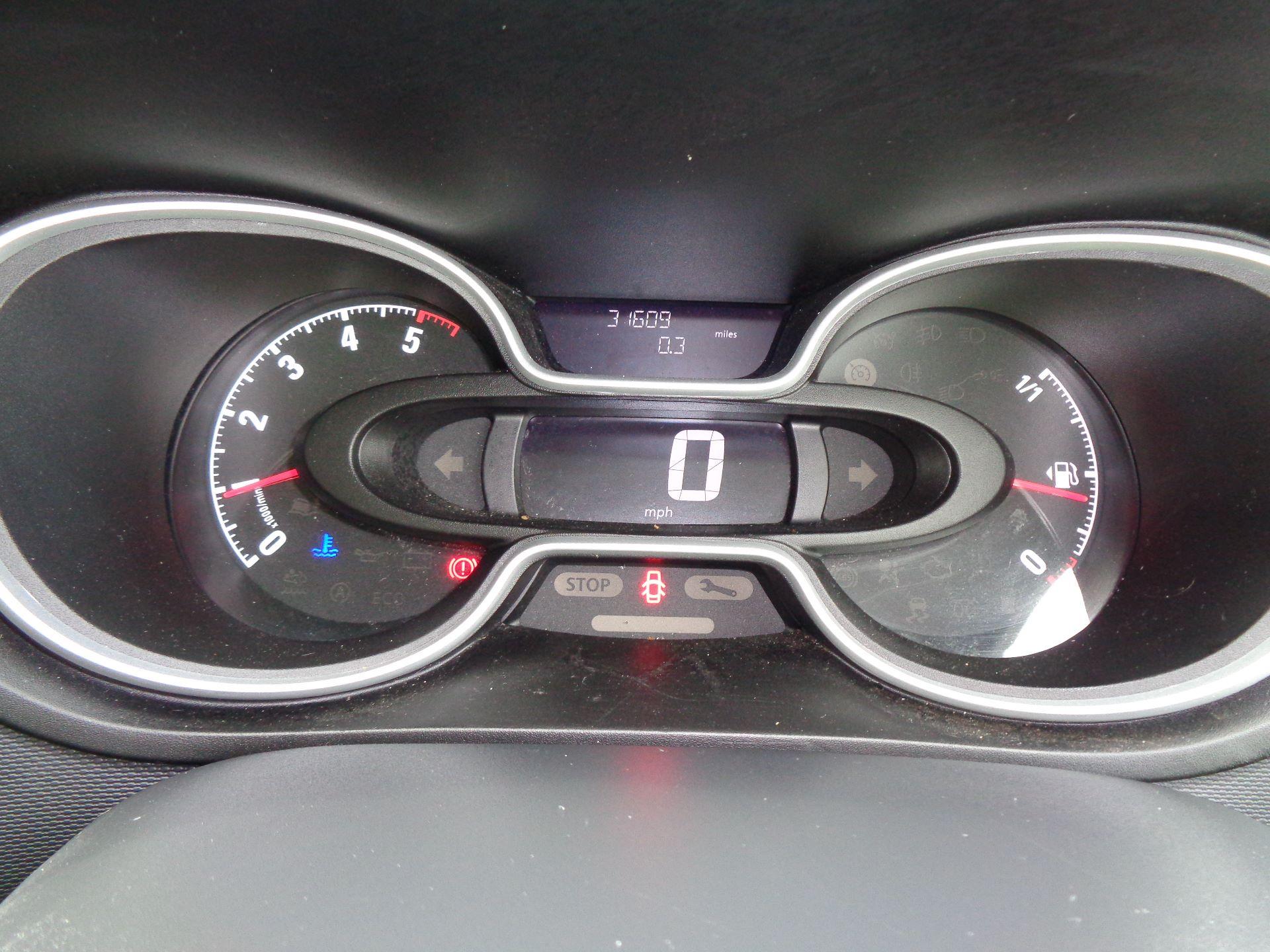 2017 Vauxhall Vivaro L2 H1 2900 1.6CDTI 120PS SPORTIVE EURO 6 (DN67TGO) Image 17