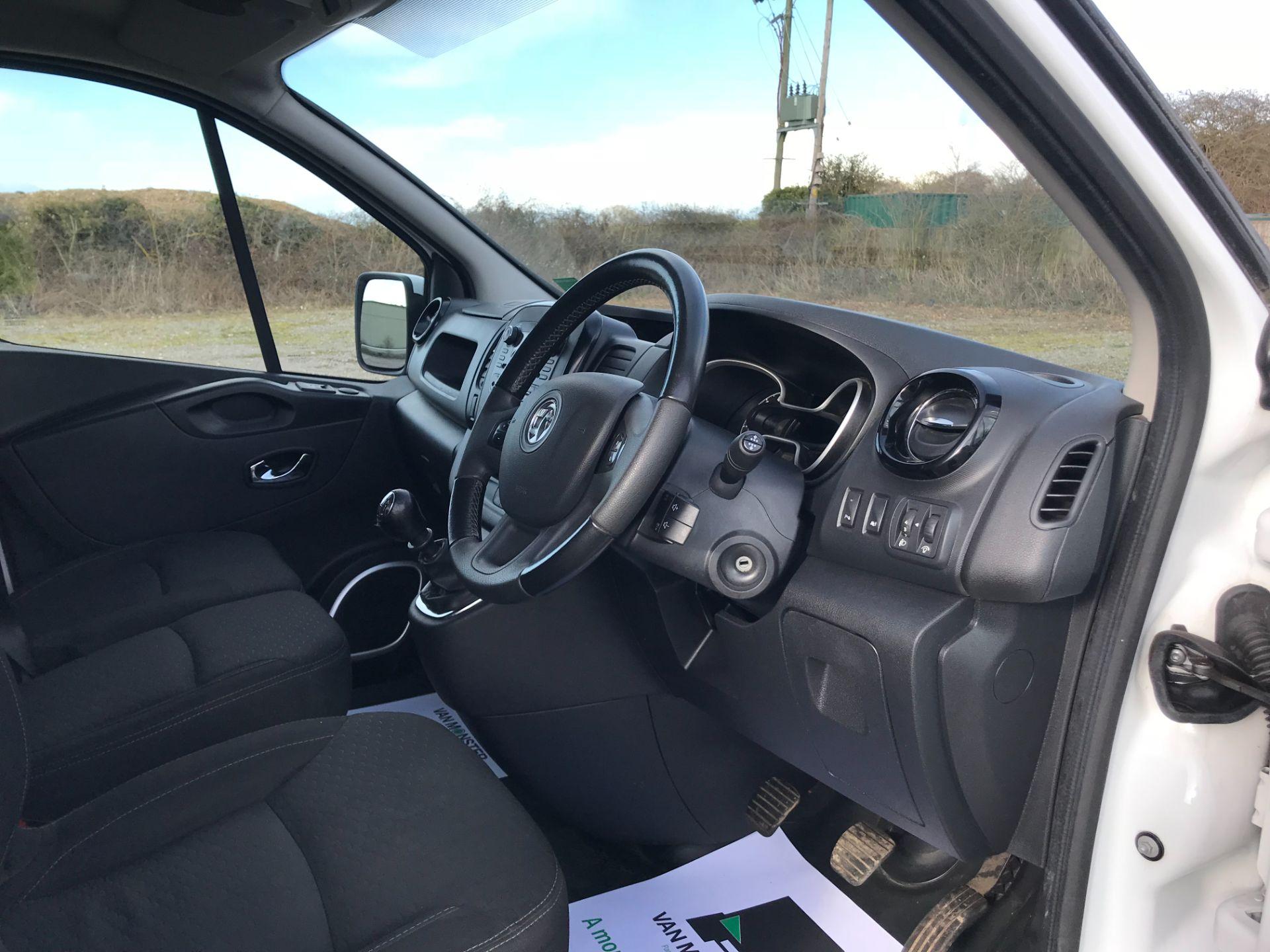 2017 Vauxhall Vivaro L2 H1 2900 1.6CDTI 120PS SPORTIVE EURO 6 *LIMITED 70MPH* (DN67TKK) Image 15