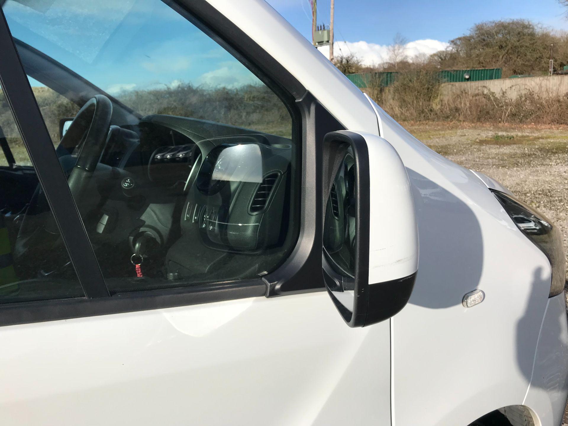 2017 Vauxhall Vivaro L2 H1 2900 1.6CDTI 120PS SPORTIVE EURO 6 *LIMITED 70MPH* (DN67TKK) Image 24
