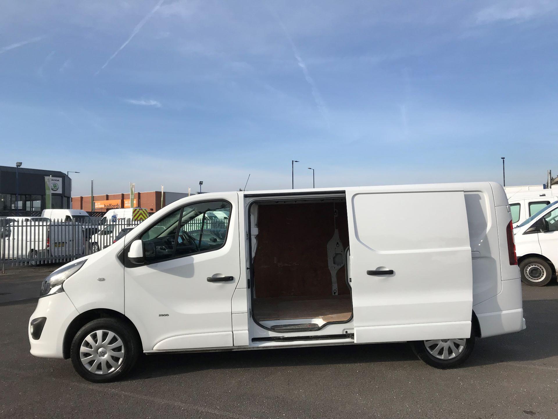 2017 Vauxhall Vivaro  L2 H1 2900 1.6 CDTI 120PS SPORTIVE EURO 6 (DN67TLV) Image 10