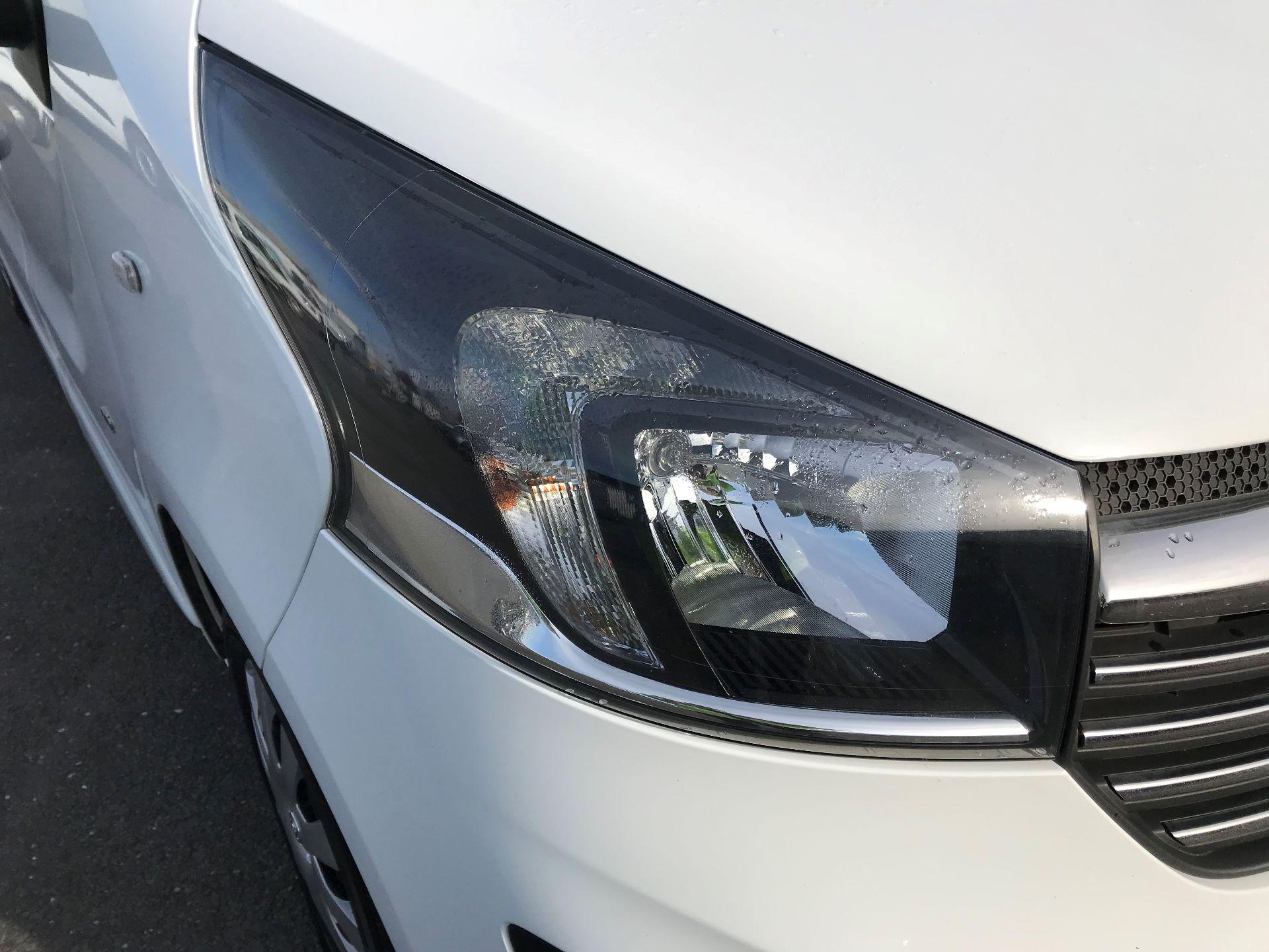 2017 Vauxhall Vivaro  L2 H1 2900 1.6 CDTI 120PS SPORTIVE EURO 6 (DN67TLV) Image 16