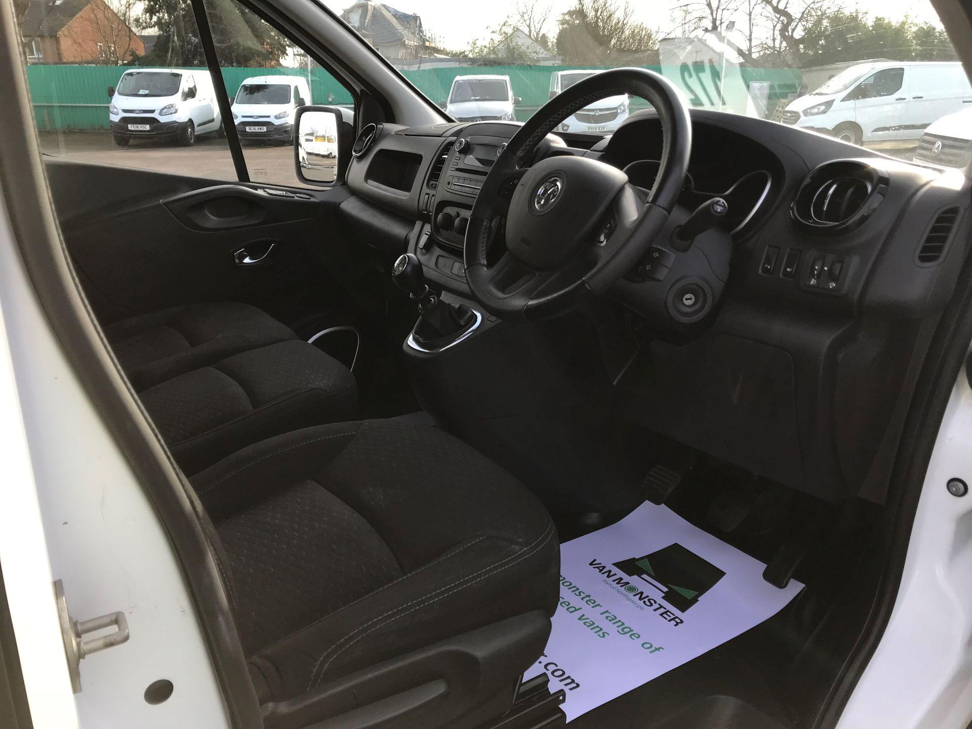 2017 Vauxhall Vivaro  L2 H1 2900 1.6 CDTI 120PS SPORTIVE EURO 6 (DN67TLV) Image 21