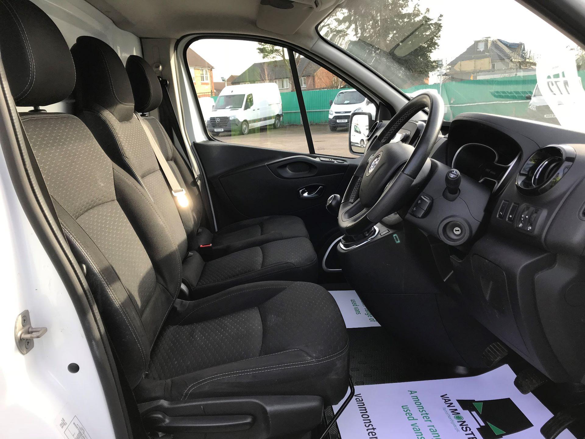 2017 Vauxhall Vivaro  L2 H1 2900 1.6 CDTI 120PS SPORTIVE EURO 6 (DN67TLV) Image 22