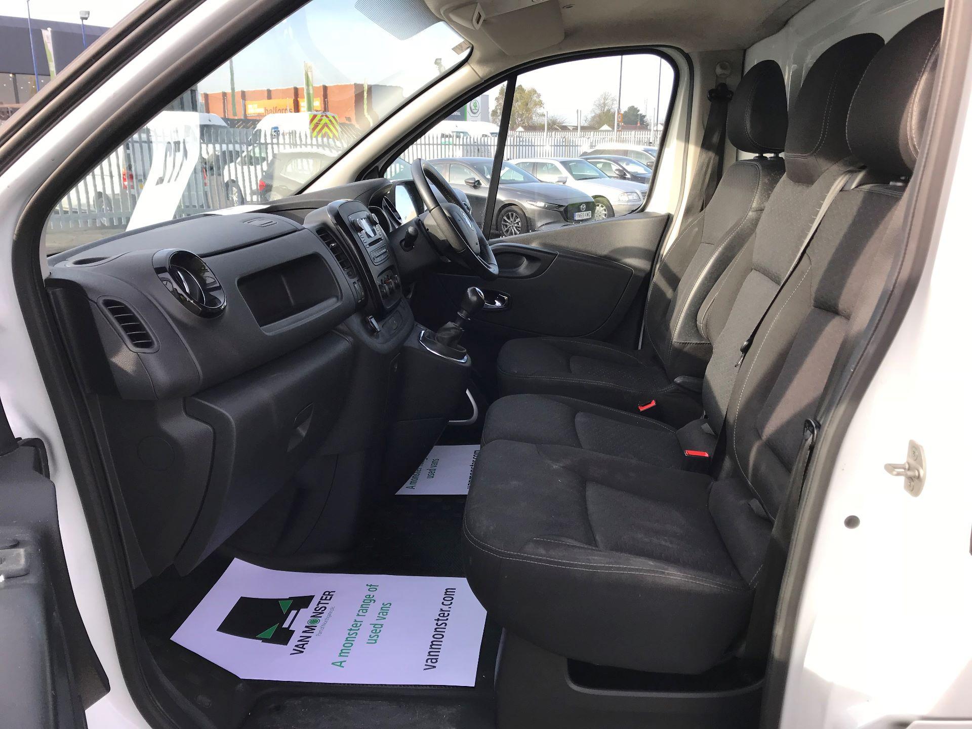 2017 Vauxhall Vivaro  L2 H1 2900 1.6 CDTI 120PS SPORTIVE EURO 6 (DN67TLV) Image 20
