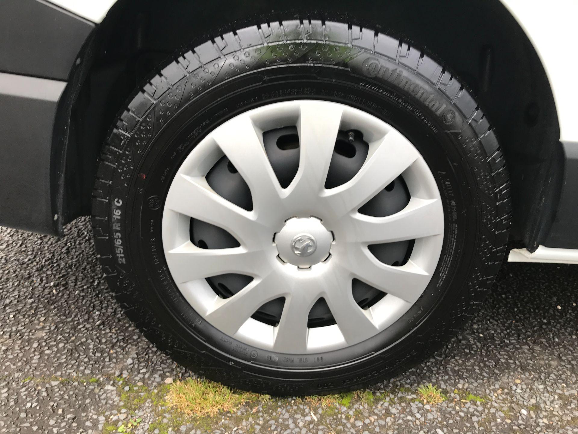 2018 Vauxhall Vivaro 2900 L2 H1 1.6CDTI 120PS  9 SEAT MINIBUS EURO 6 (DN68TVD) Image 15