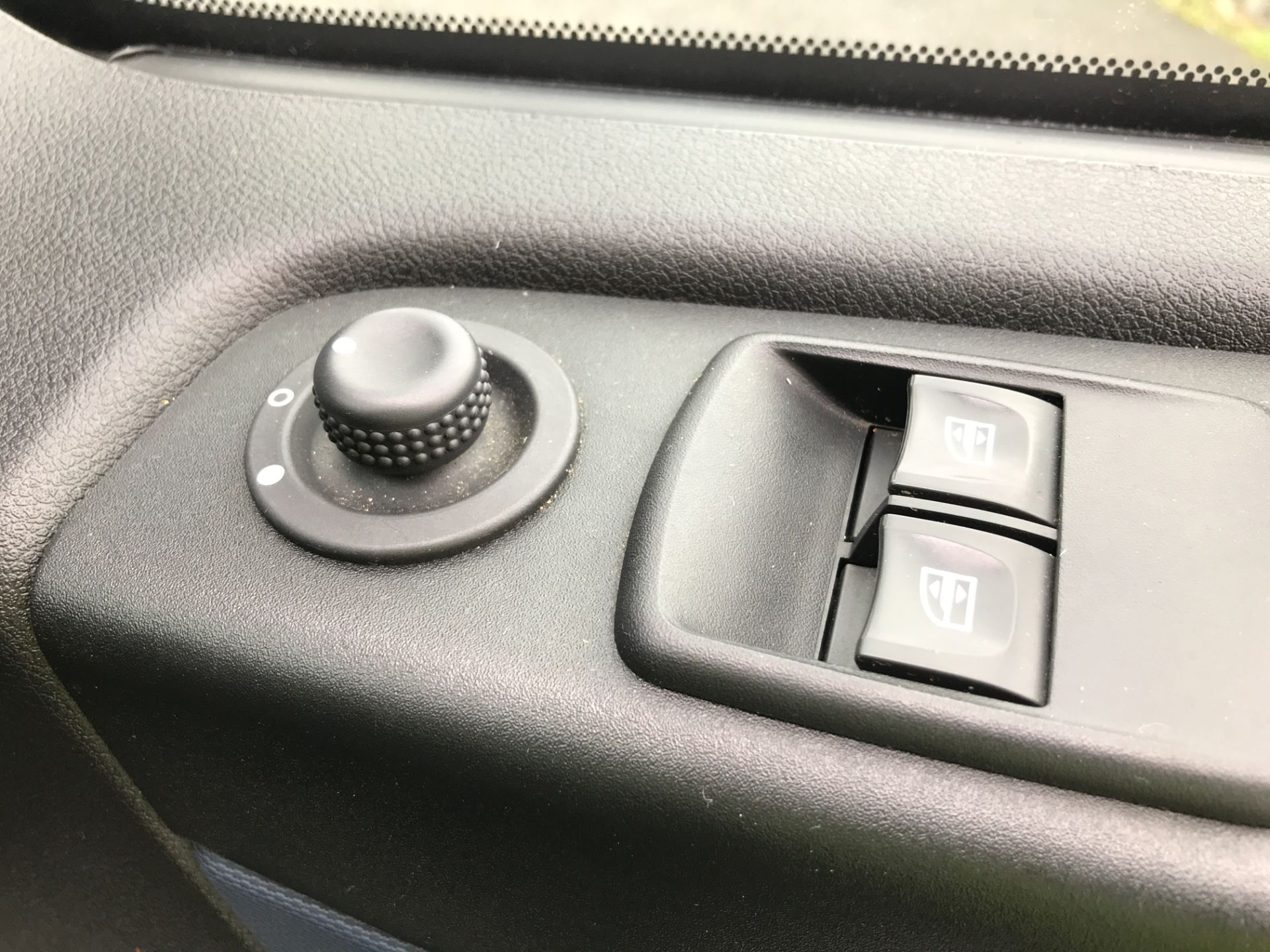 2018 Vauxhall Vivaro 2900 L2 H1 1.6CDTI 120PS  9 SEAT MINIBUS EURO 6 (DN68TVD) Image 23