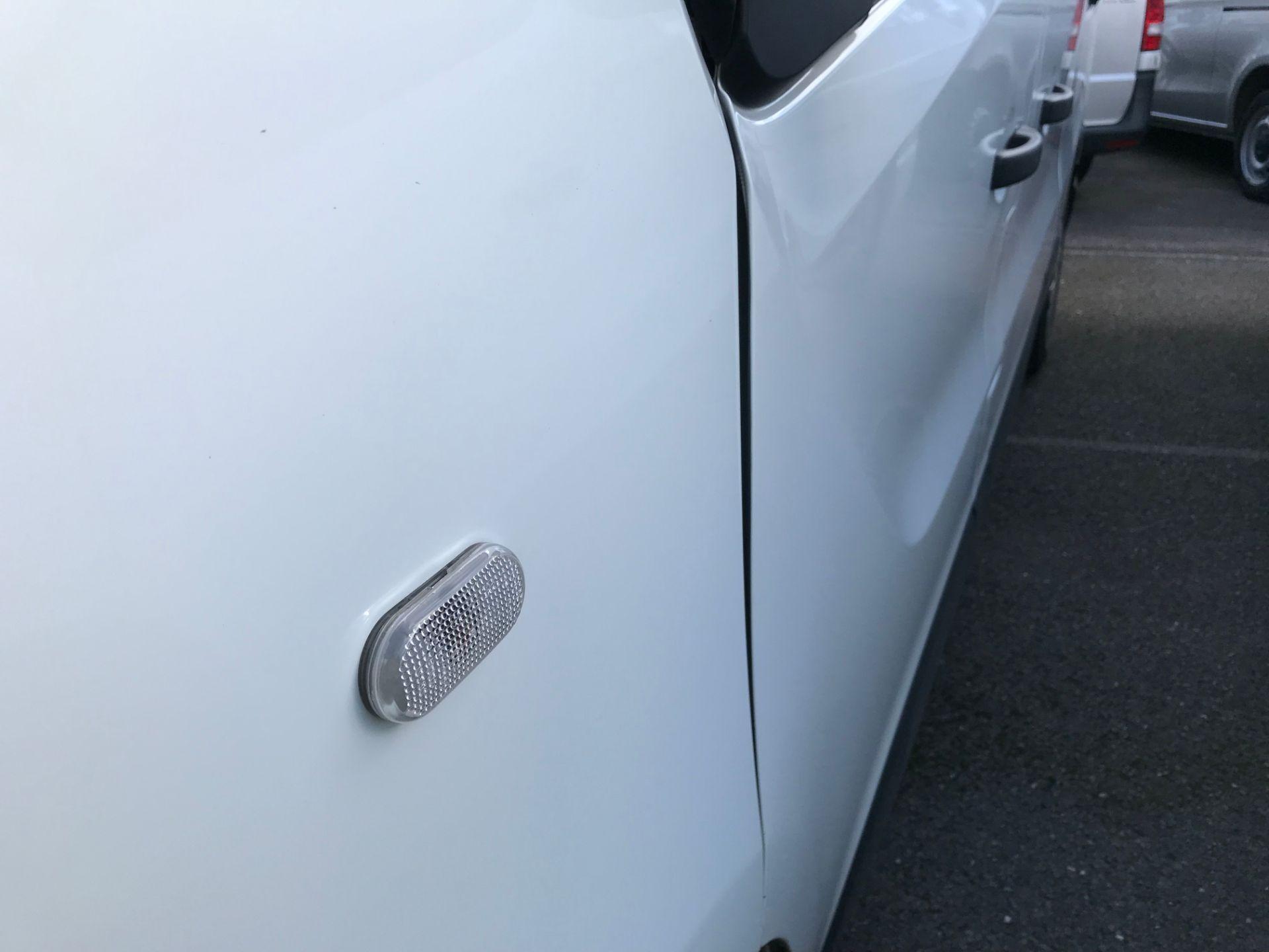 2018 Vauxhall Vivaro 2900 1.6Cdti 120Ps H1 Combi 9 Seat (DN68TWG) Image 27