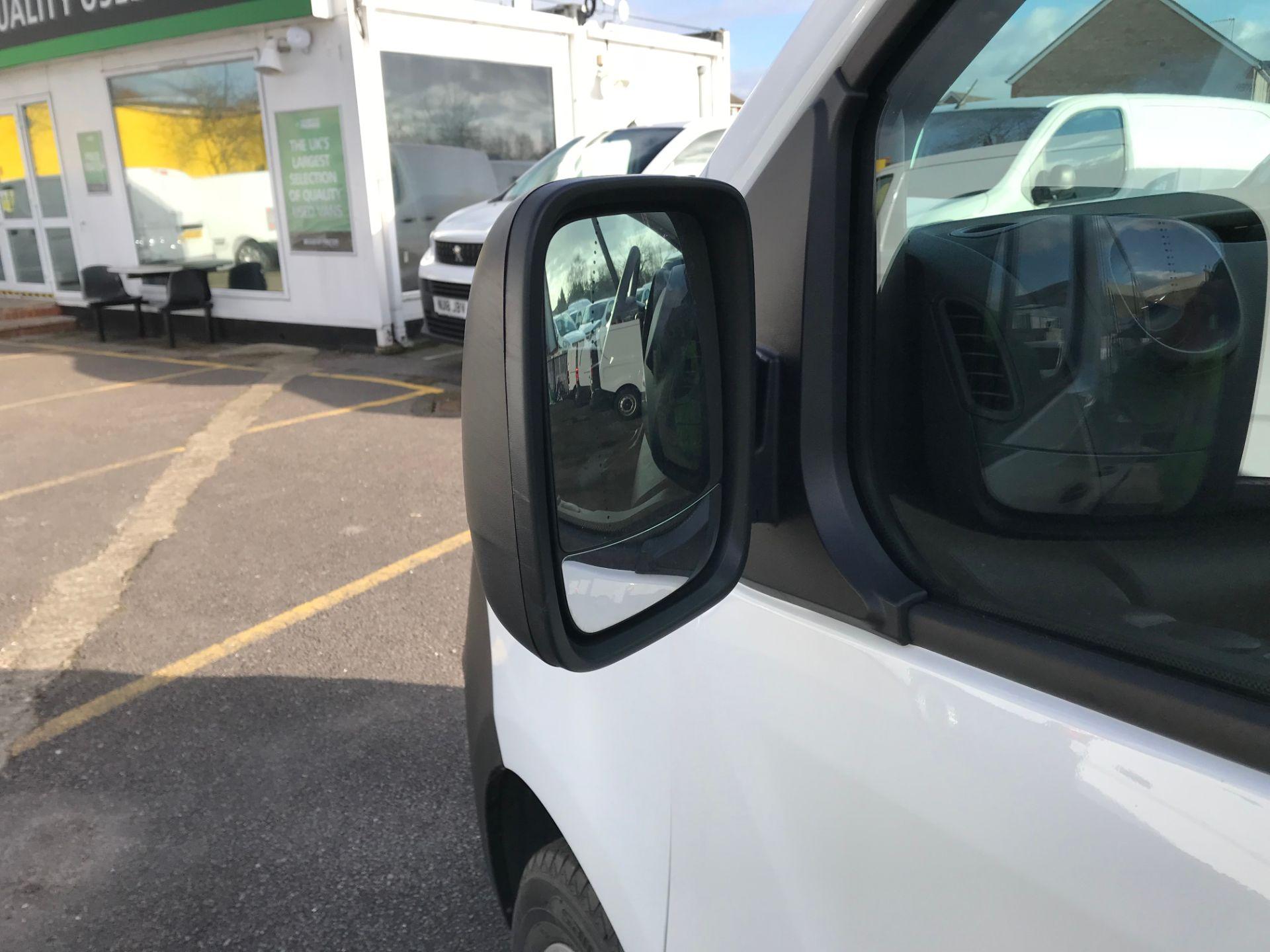 2018 Vauxhall Vivaro 2900 1.6Cdti 120Ps H1 Combi 9 Seat (DN68TWG) Image 13