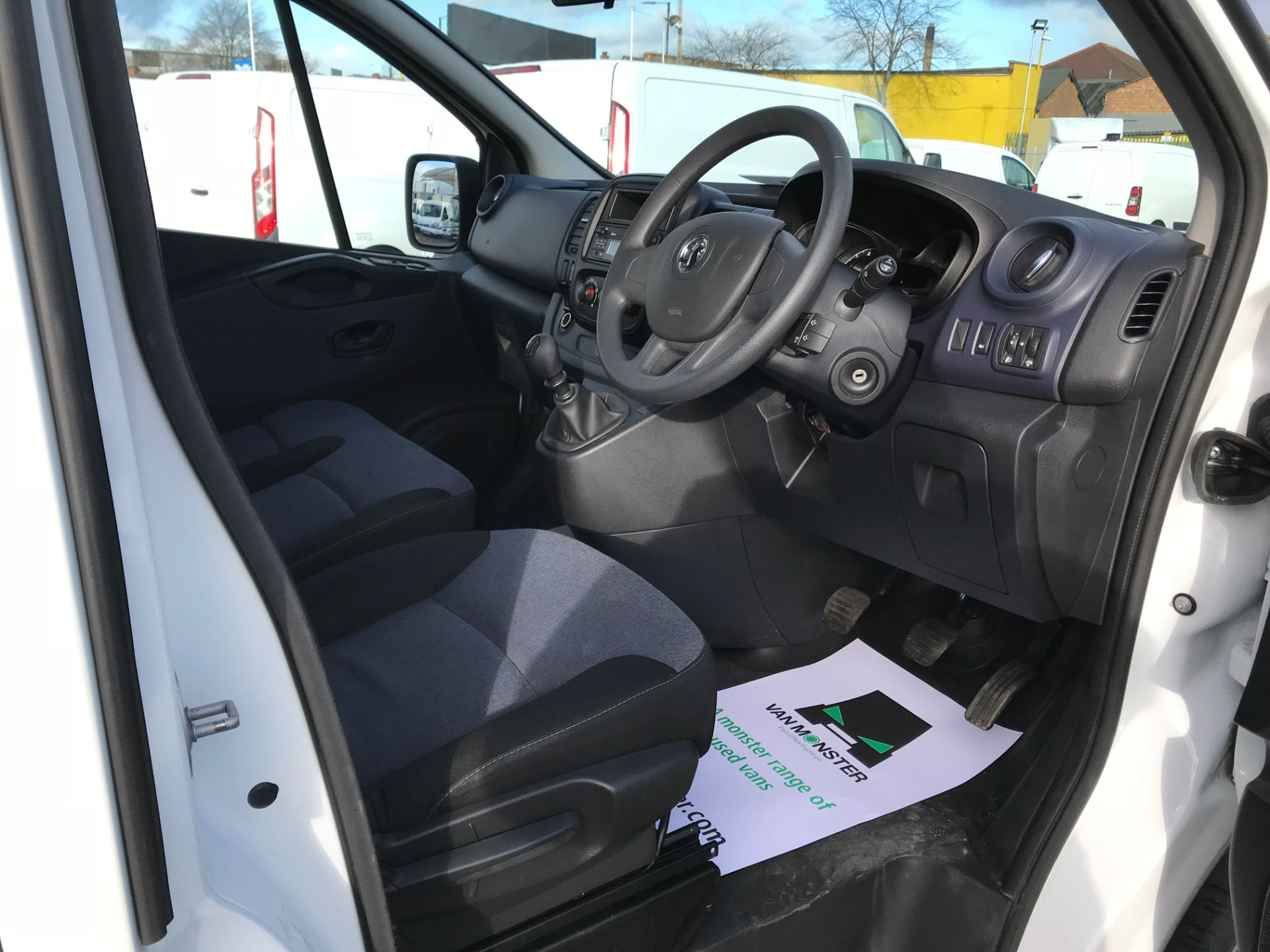 2018 Vauxhall Vivaro 2900 1.6Cdti 120Ps H1 Combi 9 Seat (DN68TWG) Image 21