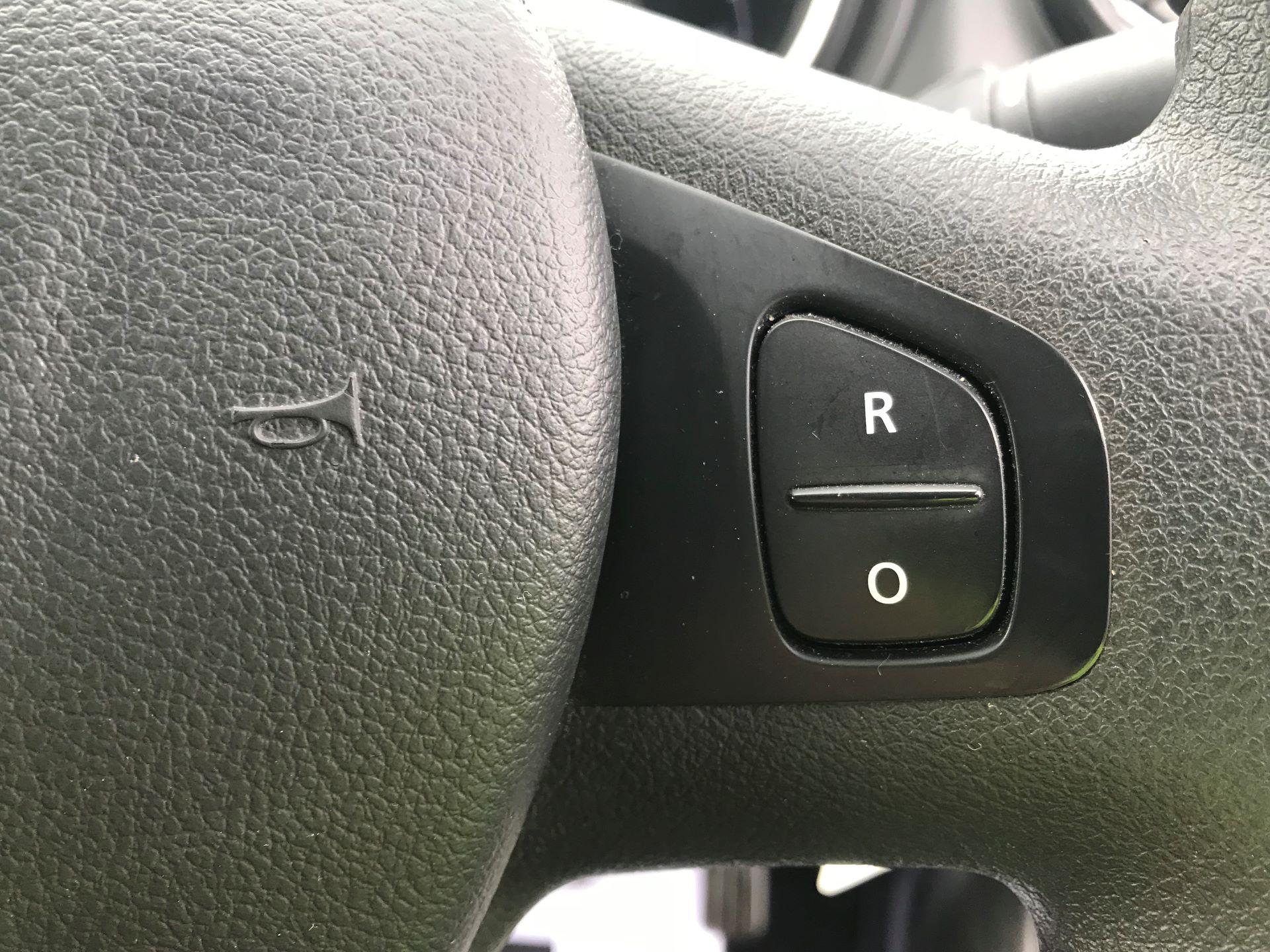 2018 Vauxhall Vivaro  L2 H1 2900 1.6 CDTI 120PS SPORTIVE EURO 6 (DN68YHH) Image 28