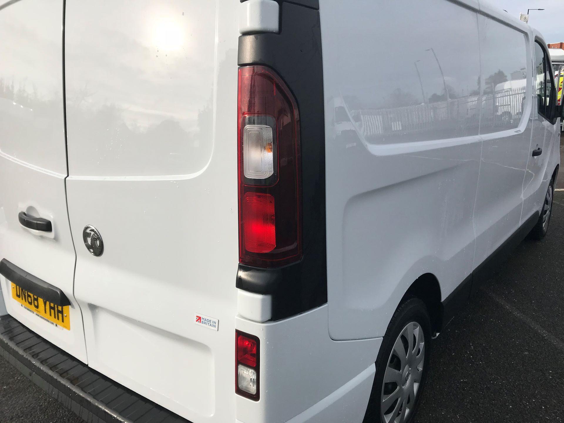 2018 Vauxhall Vivaro  L2 H1 2900 1.6 CDTI 120PS SPORTIVE EURO 6 (DN68YHH) Image 15