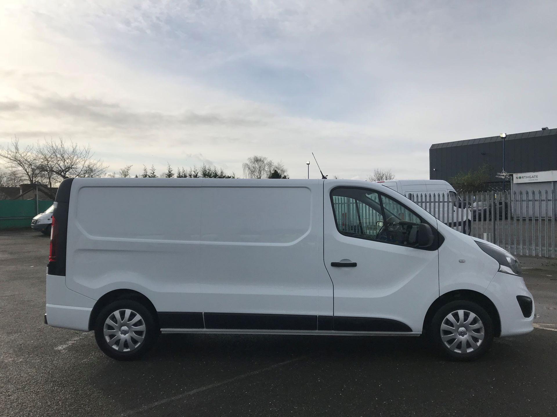 2018 Vauxhall Vivaro  L2 H1 2900 1.6 CDTI 120PS SPORTIVE EURO 6 (DN68YHH) Image 9
