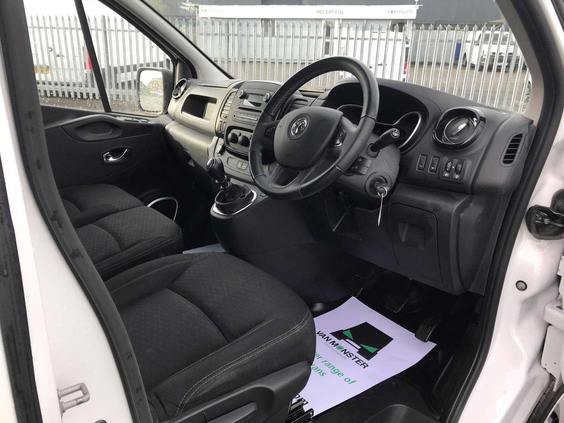 2018 Vauxhall Vivaro  L2 H1 2900 1.6 CDTI 120PS SPORTIVE EURO 6 (DN68YHH) Image 21
