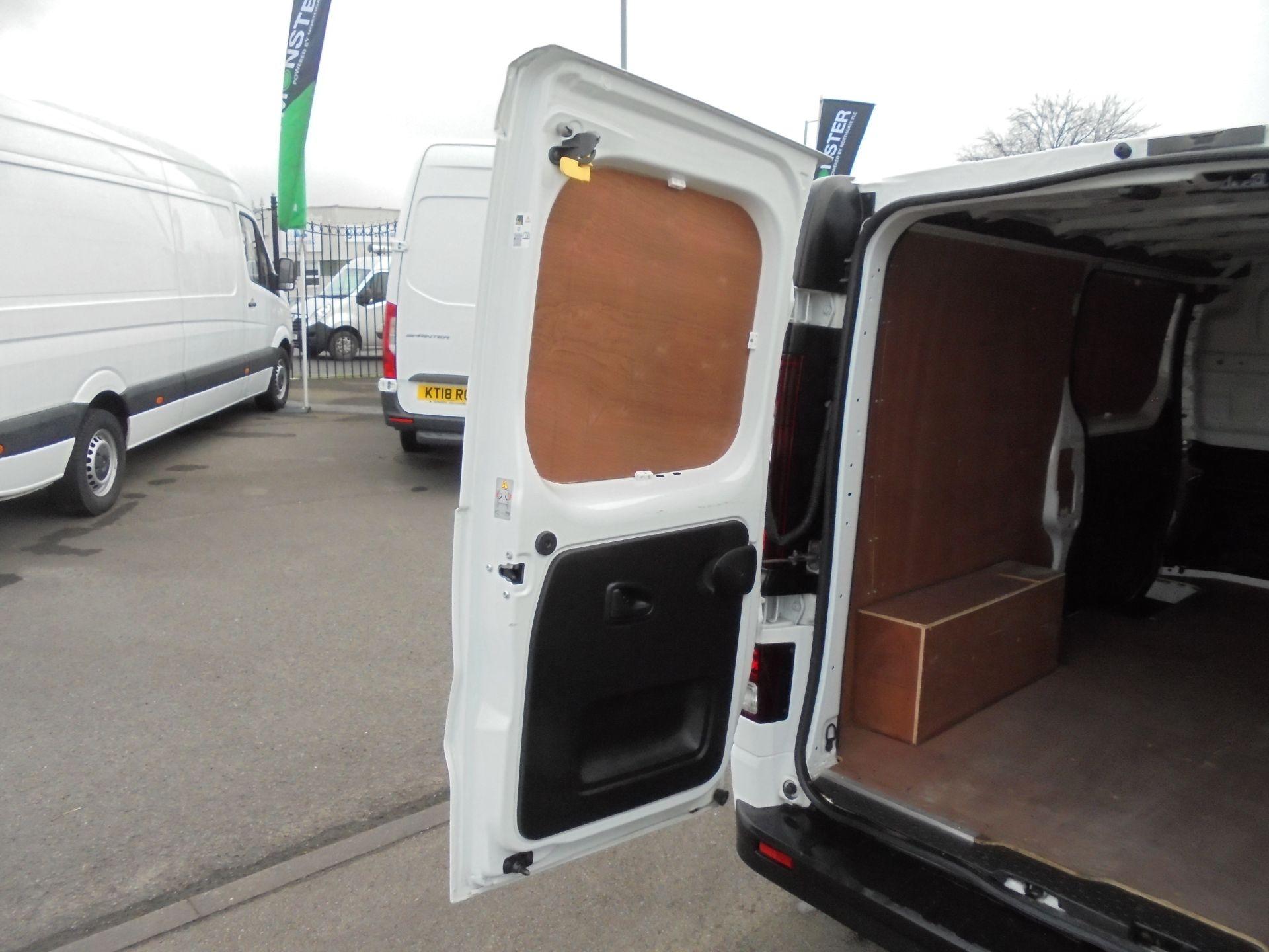 2018 Vauxhall Vivaro 2900 1.6Cdti 120Ps Sportive L2 H1 Van (DN68YJO) Image 32