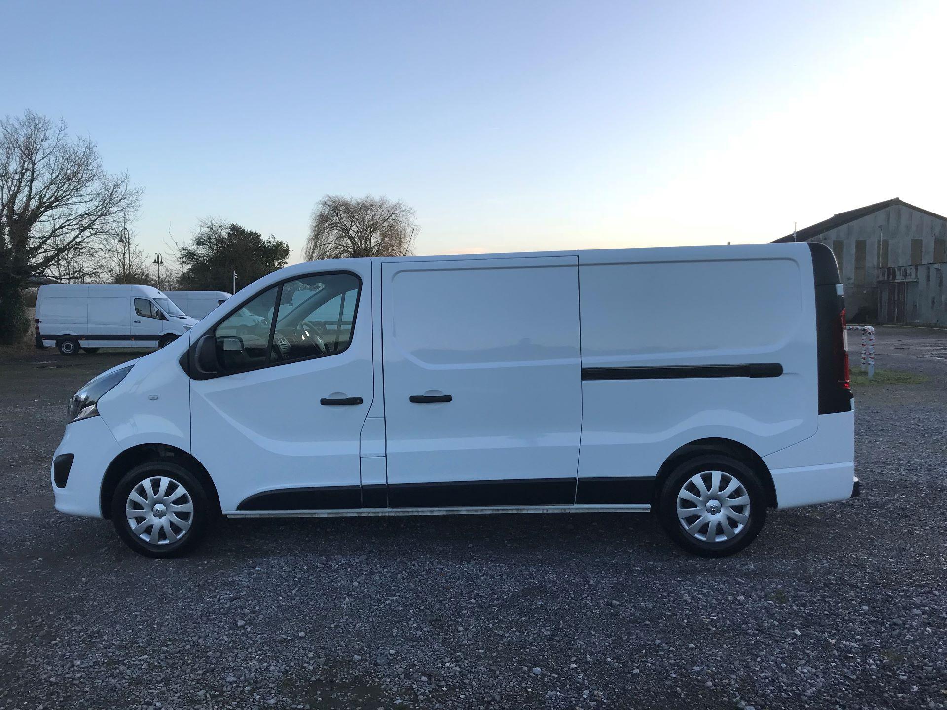 2018 Vauxhall Vivaro L2 H1 2900 1.6CDTI 120PS SPORTIVE EURO 6 (DN68YLJ) Image 10