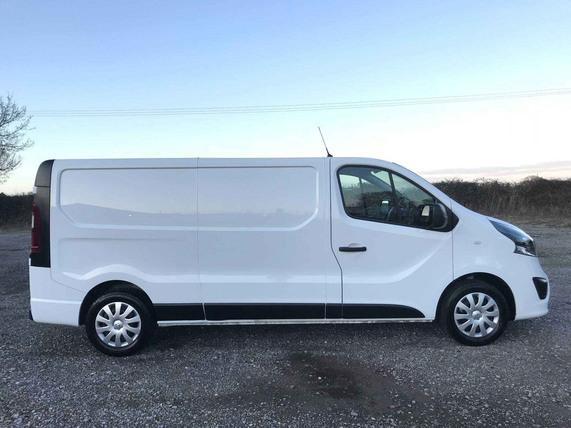 2018 Vauxhall Vivaro L2 H1 2900 1.6CDTI 120PS SPORTIVE EURO 6 (DN68YLJ) Image 9