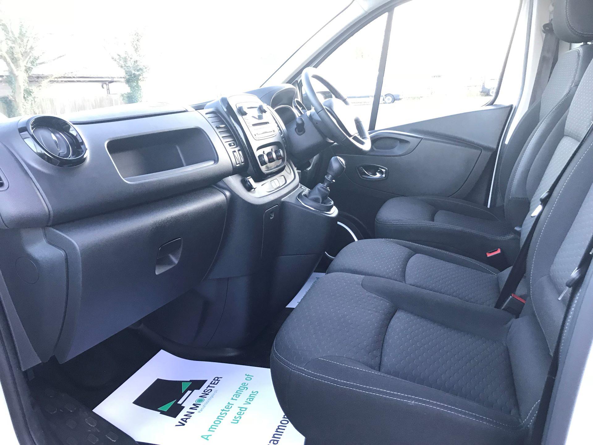 2018 Vauxhall Vivaro L2 H1 2900 1.6CDTI 120PS SPORTIVE EURO 6 (DN68YLJ) Image 21