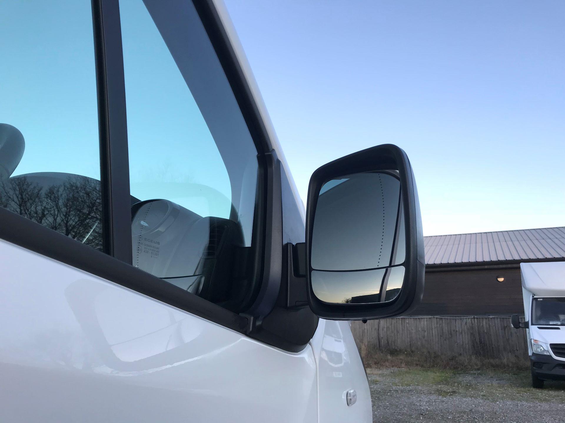 2018 Vauxhall Vivaro L2 H1 2900 1.6CDTI 120PS SPORTIVE EURO 6 (DN68YLJ) Image 13
