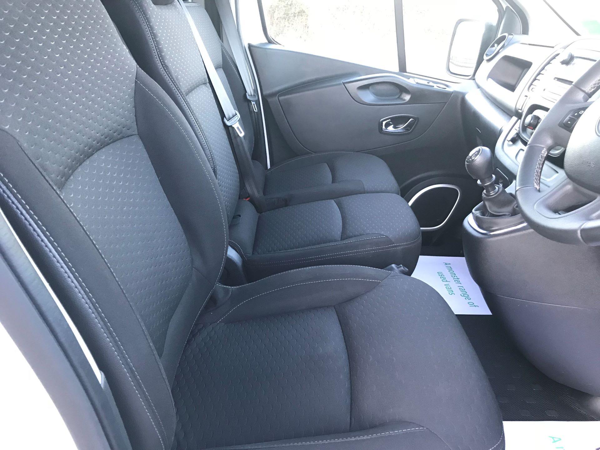 2018 Vauxhall Vivaro L2 H1 2900 1.6CDTI 120PS SPORTIVE EURO 6 (DN68YLJ) Image 23