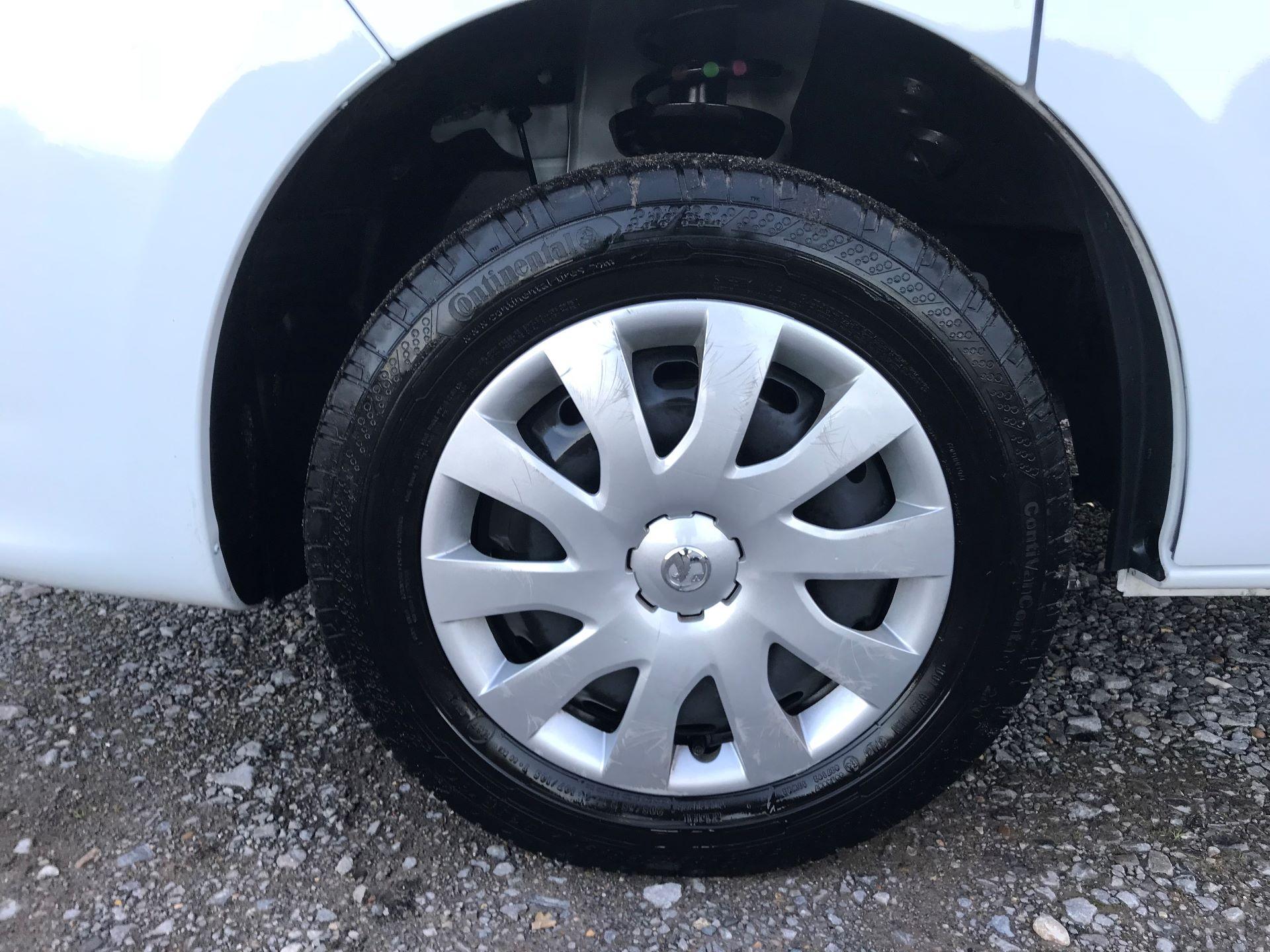 2018 Vauxhall Vivaro L2 H1 2900 1.6CDTI 120PS SPORTIVE EURO 6 (DN68YLJ) Image 20