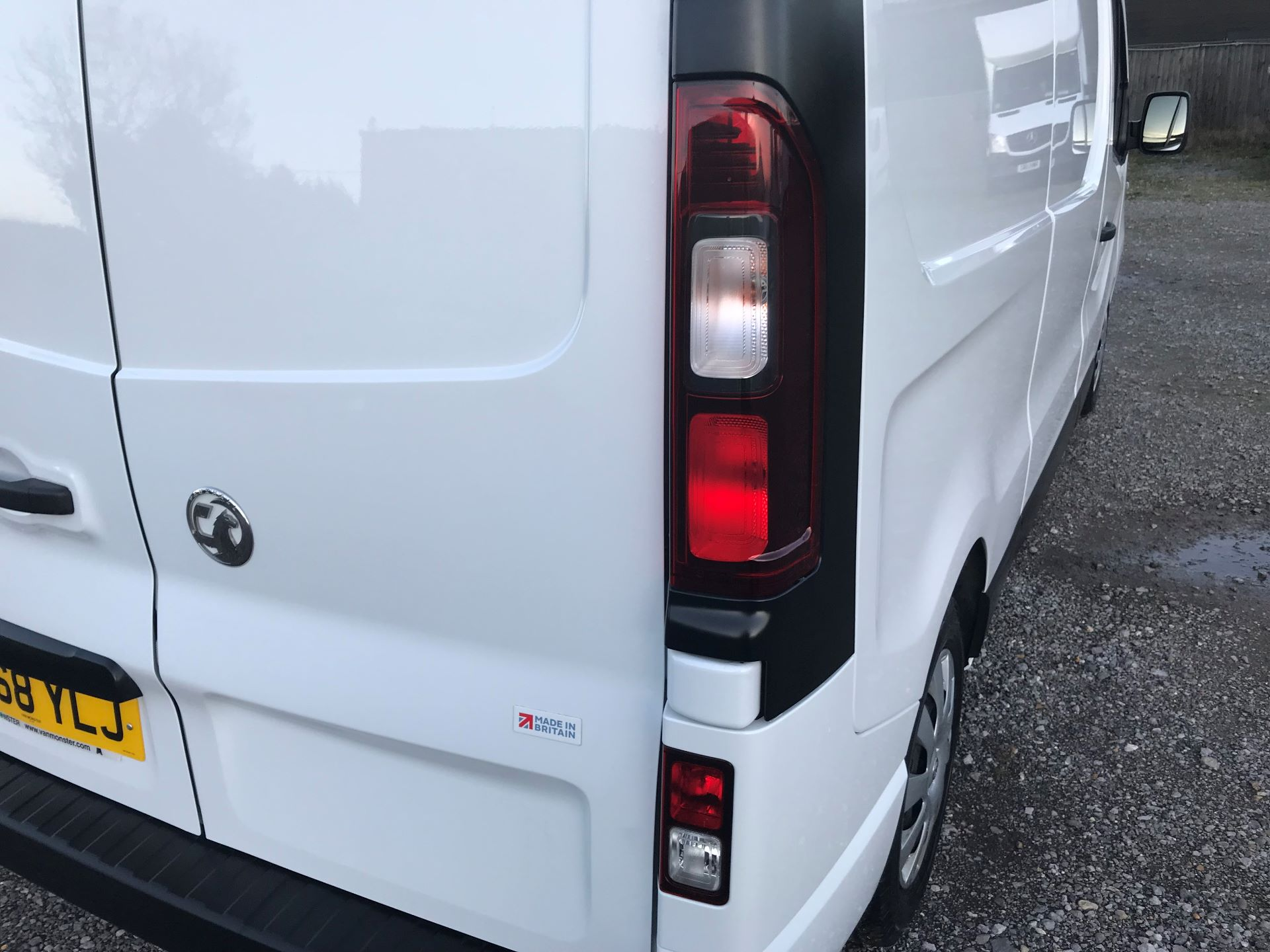 2018 Vauxhall Vivaro L2 H1 2900 1.6CDTI 120PS SPORTIVE EURO 6 (DN68YLJ) Image 16
