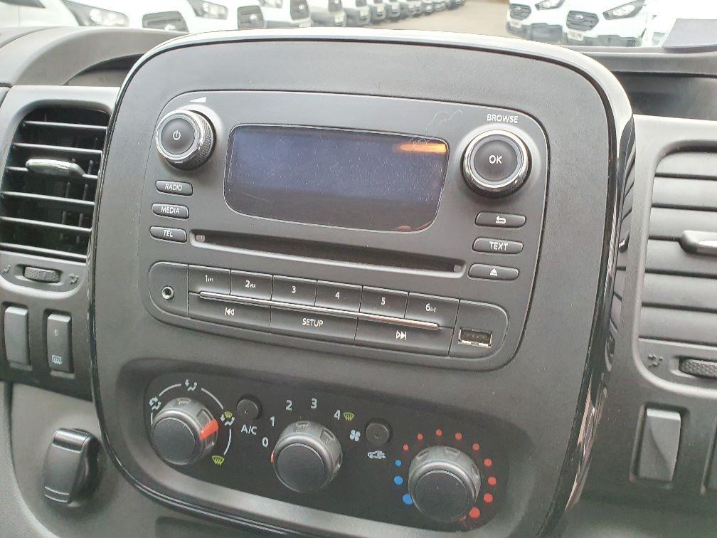 2018 Vauxhall Vivaro L2 H1 2900 1.6CDTI 120PS SPORTIVE EURO 6 (DN68YLT) Image 6