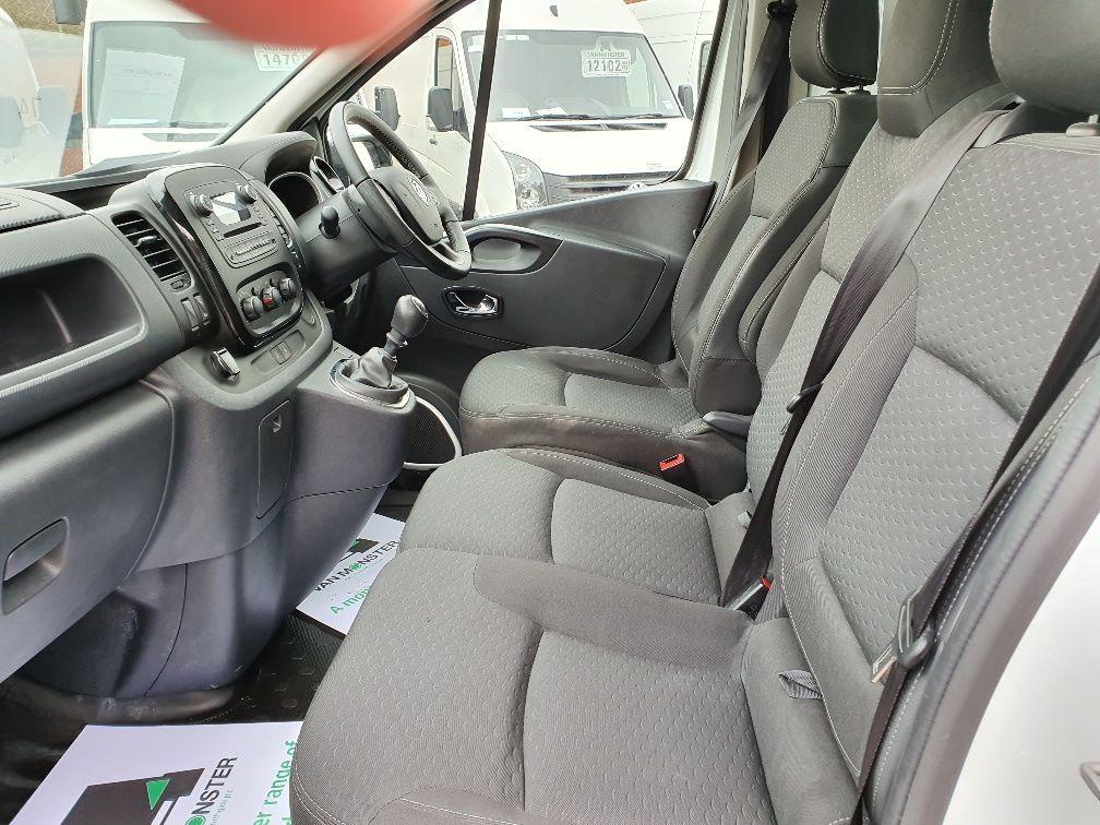 2018 Vauxhall Vivaro L2 H1 2900 1.6CDTI 120PS SPORTIVE EURO 6 (DN68YLT) Image 16