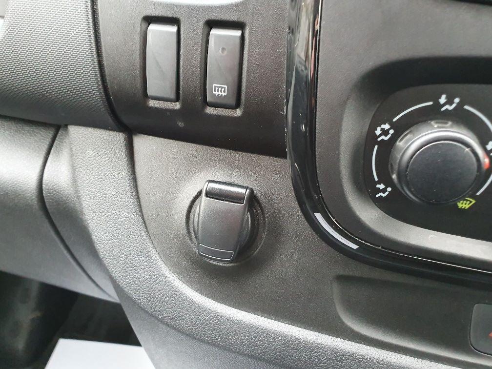 2018 Vauxhall Vivaro L2 H1 2900 1.6CDTI 120PS SPORTIVE EURO 6 (DN68YLT) Image 23