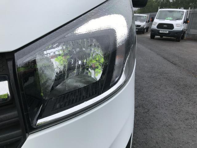 2018 Vauxhall Vivaro 2900 L2 H1 1.6CDTI 120PS SPORTIVE EURO 6 (DN68YRD) Image 37